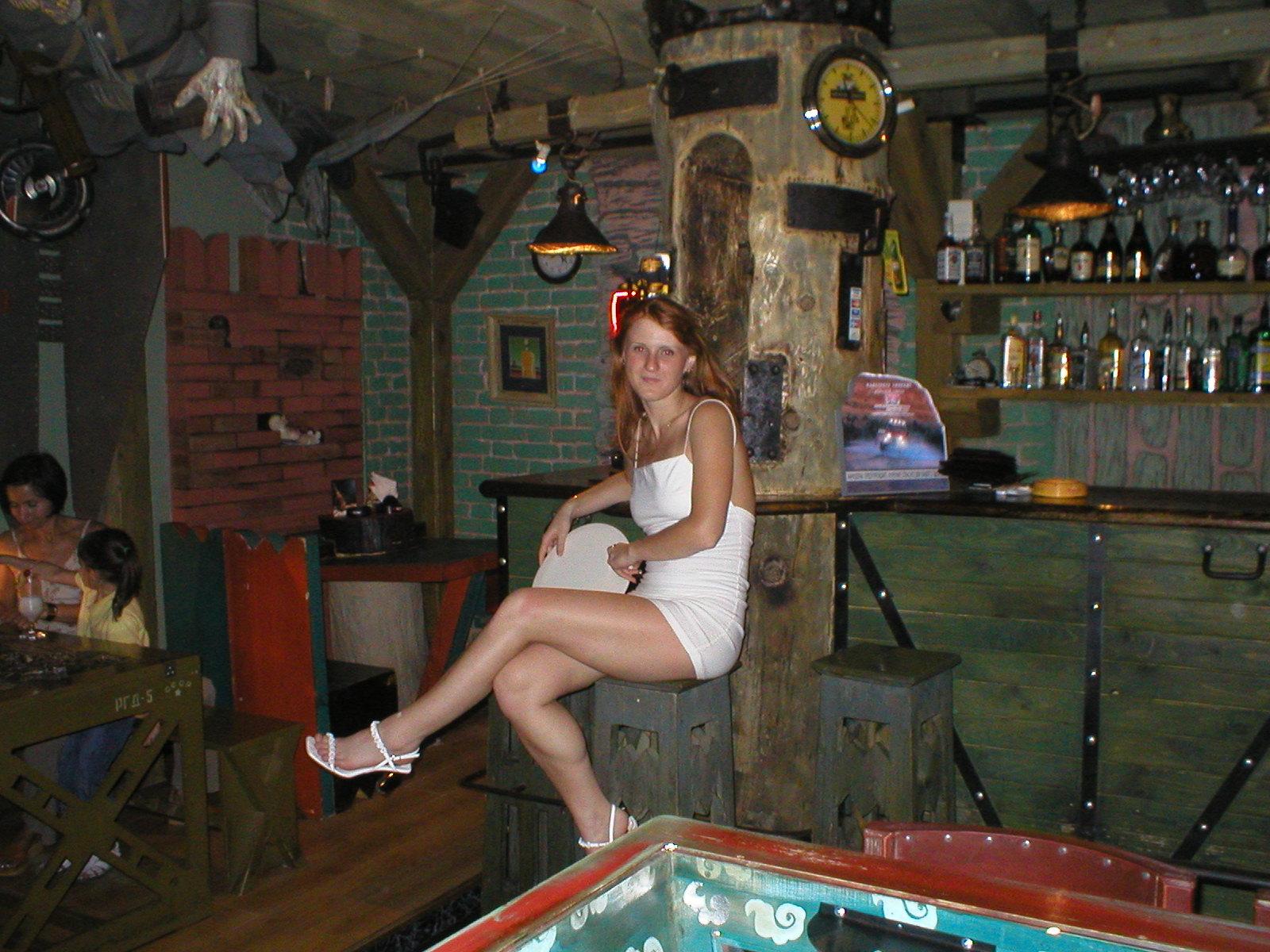 Ресторан беременная шпионка 16 фотография